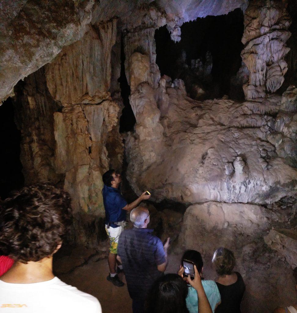 Y al fin llegó el momento de descubrir la cueva por dentro. Todo un espectáculo en el que emplear todos los sentidos.